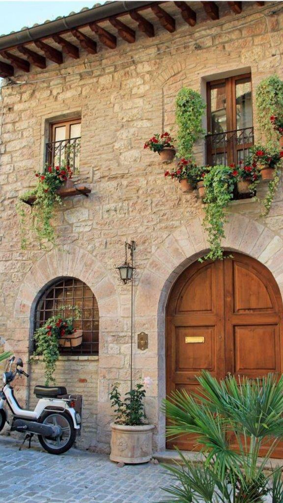 tuscan style builder